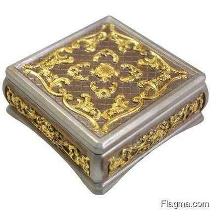 Decorative carved box #2
