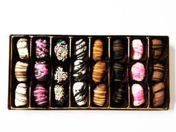 """Hadji"" chocolate dates with almonds - photo 5"